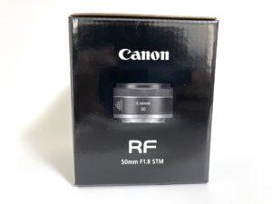 RF50mmF1.8の外箱の画像