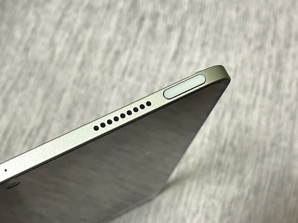 iPadAir4の電源TouchIDの画像