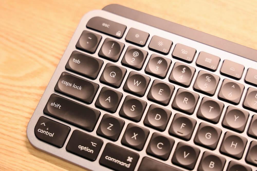 MX KEYS for Macのおしゃれな画像